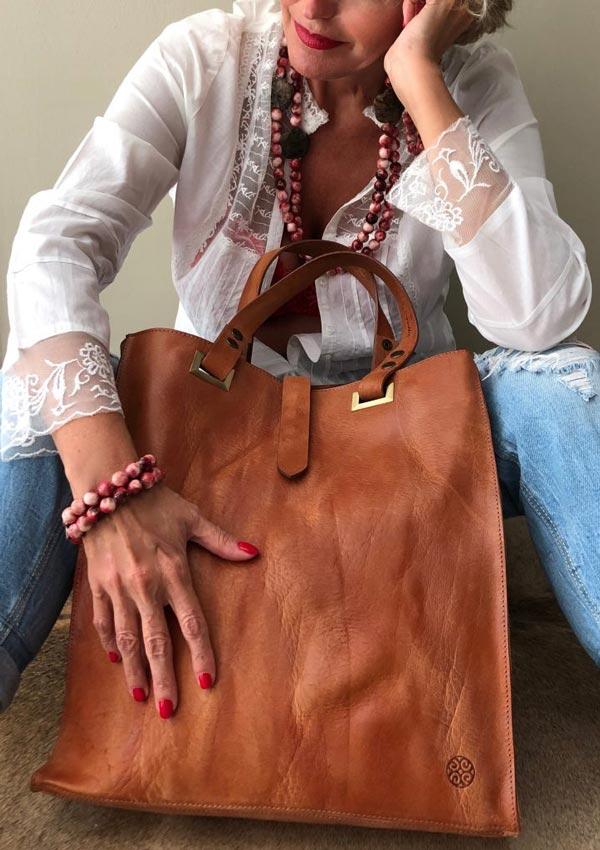 Sacs et maroquinerie pour femmes tendances et élégants par Maison Victoria